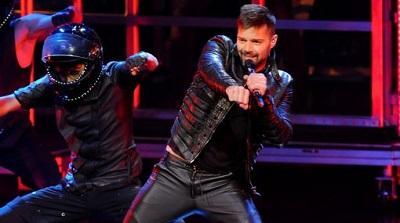 Ricky Martin desafía la ley en Marruecos y le canta al amor masculino