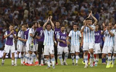 Duelo Argentina-Bosnia contó con la presencia de 74.138 hinchas y rompió récord