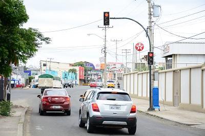 Semáforos 'locos' ya están siendo reparados
