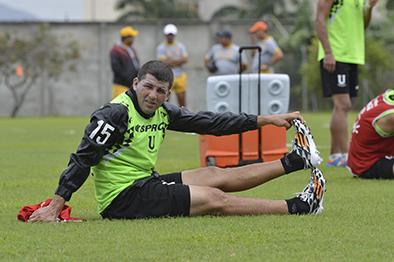 Liga de Portoviejo recupera a Hugo Vélez