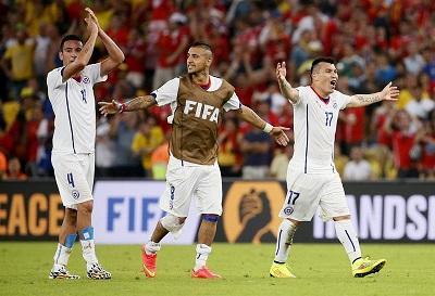 Chile y Holanda, los primeros clasificados a octavos de final