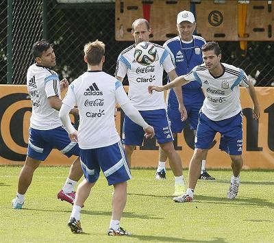 Sabella ensayó con el equipo que le gusta a Messi