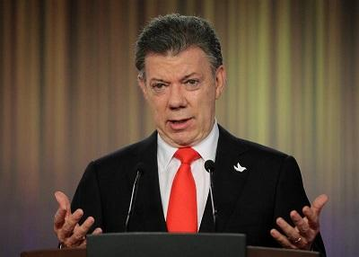 Santos dice que los contactos con el ELN van 'en la dirección correcta'