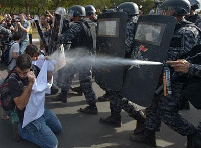 17 periodistas han sido agredidos