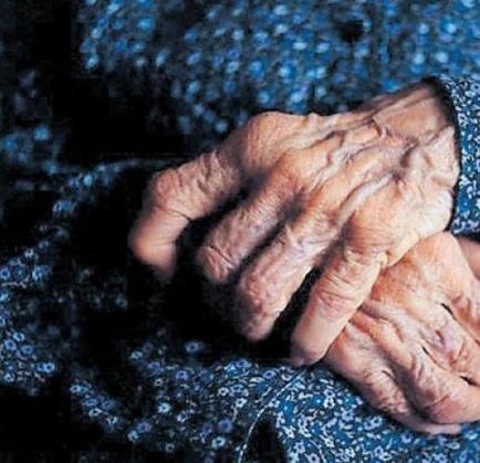 Mujer de 102 años es  acusada de asesinato