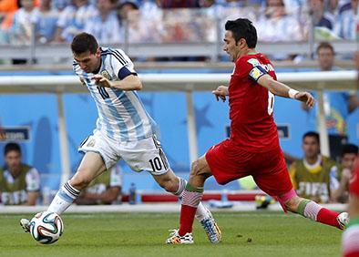 Messi clasifica  a argentina
