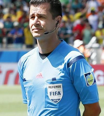El manabita Carlos Vera en la lista de los árbitros 'supervivientes' del Mundial