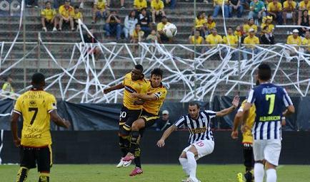 Barcelona venció 3-0 a Alianza Lima en el Monumental