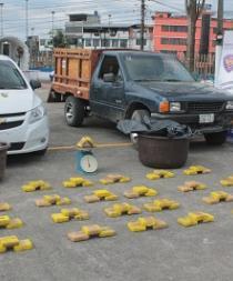Policía decomisa 40 kilos de cocaína en operativo
