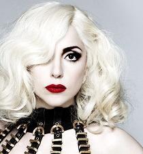 Lady Gaga planea contraer matrimonio en el espacio
