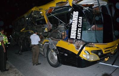 Una menor fallecida y 13 heridos deja un accidente en la vía a Quinindé