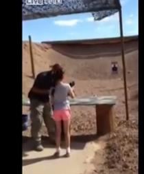 Familia expresa pesar por la niña que asesinó por accidente a su instructor de tiro