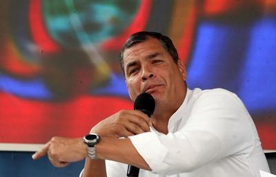 Correa abre la posibilidad de indulto a policías condenados por el 30-S