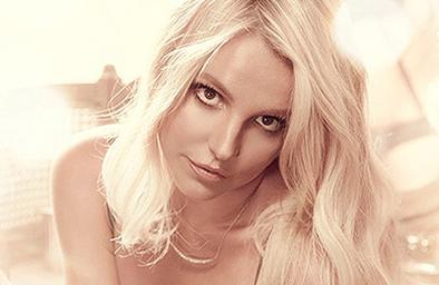 Britney lanza fotos sexys