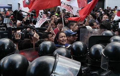 Protestas dejan heridos y detenidos en Quito