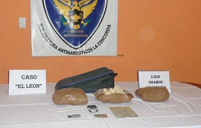Decomisan cocaína que viajaba supuestamente en una Trans Esmeraldas