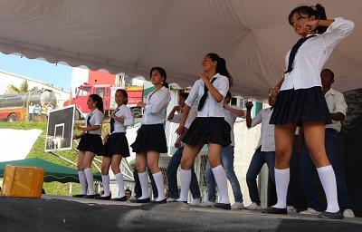 Festival de coreografías y bandas se efectúa hoy