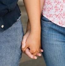 Parejas de lesbianas podrán adoptar en Francia hijos de procreación asistida