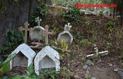 Cementerios de parroquia rurales de Santo Domingo de los Tsáchilas, colapsados