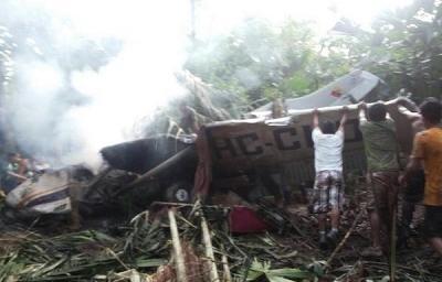 Accidente aéreo deja al menos 4 muertos y 2 heridos