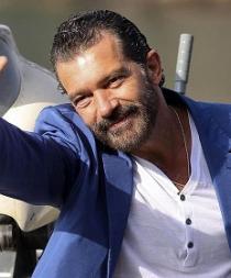 Antonio Banderas recibirá premio honorífico en los Goya 2015