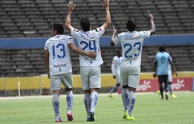 ¡Triunfo azul! Emelec vence 5-2 a la U. Católica en el Atahualpa