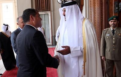 Ecuador y Catar suscriben tres acuerdos de cooperación