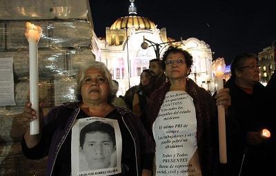 Acusan a alcalde y su esposa de la desaparición de 43 estudiantes