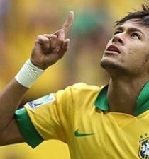 Neymar se declara partidario de votar por Neves