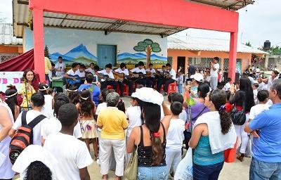 Colegio Pichincha, 51 años de servicio a la comunidad de Santo Domingo