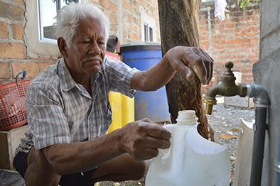 Buscan que los mangos reciba agua potable