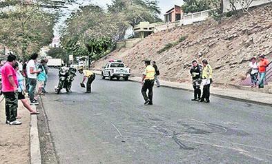 Policía sufre accidente de tránsito en la vía
