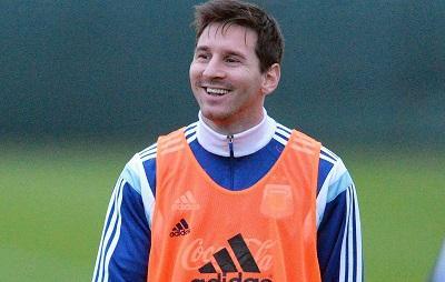Presidente del Barcelona asegura que el padre de Messi dijo que el jugador está feliz