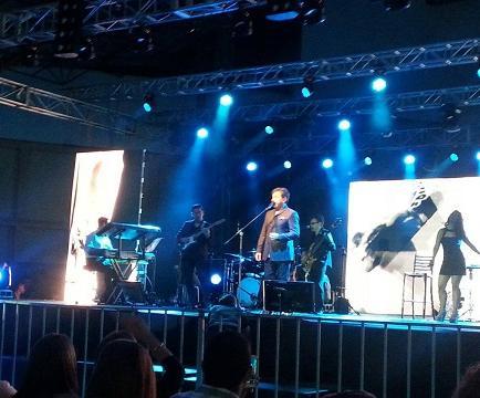 Ricardo Montaner canta en La Esperanza