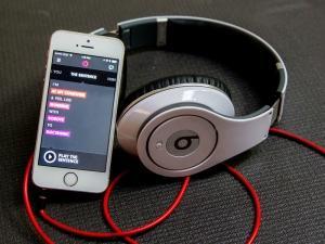 Apple planea incorporar servicio musical Beats en su sistema operativo
