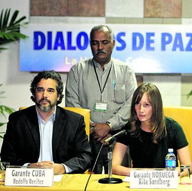 Gobierno y FARC acuerdan liberar a 5 secuestrados