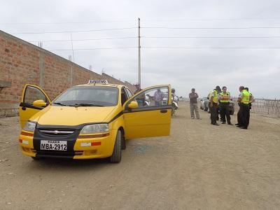 Taxista que recibió tres balazos sigue grave