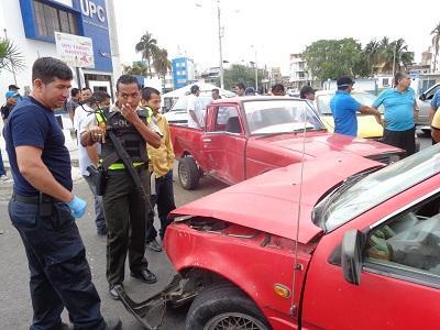 Un persona resulta herida en accidente en la vía Puerto-Aeropuerto