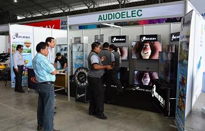 Arrancó la feria de ensamblaje y tecnología en Santo Domingo