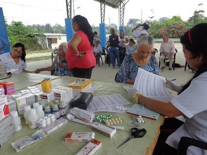 Brigada médica atendió a 430 personas
