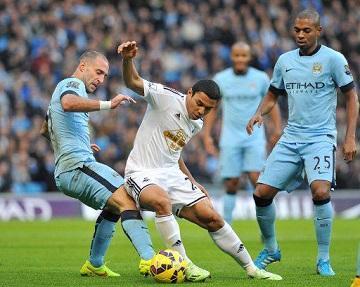 El Manchester City derrota al Swansea de 'Jeff' Montero (2-1)