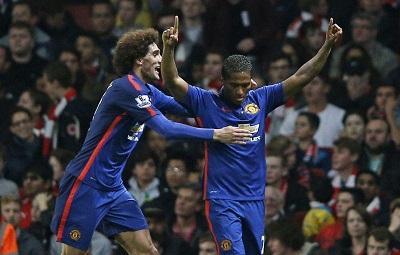 El Manchester United vence 2-1 con asistencia de 'Toño' Valencia