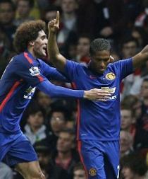 El Manchester United vence 2-1 con asistencia de