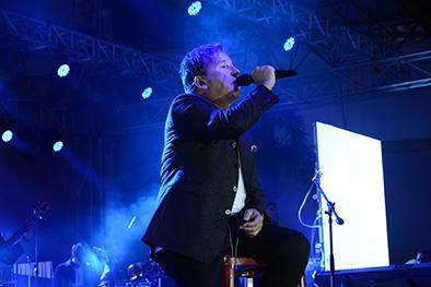 Montaner cantó 20 temas de amor en Portoviejo