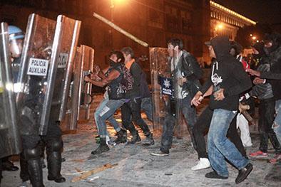 Peña Nieto dice no a vandalismo