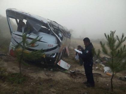 Ocho muertos y 39 heridos en un accidente de autobús en México