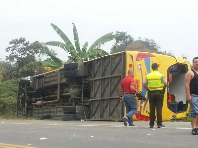 Accidente deja 18 heridos en el cantón Pichincha