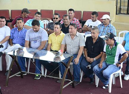 """Galleros preocupados por la posible aprobación de """"Ley Loba"""""""