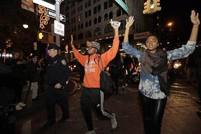 Fallo en el caso Michael Brown desata protestas en Estados Unidos