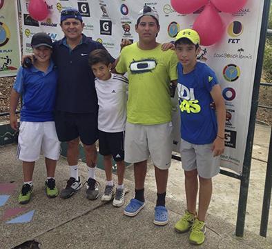 Tenista manabita se destaca en torneos